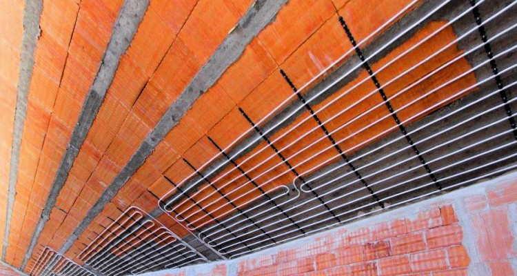 Impianti di riscaldamento a soffitto e parete