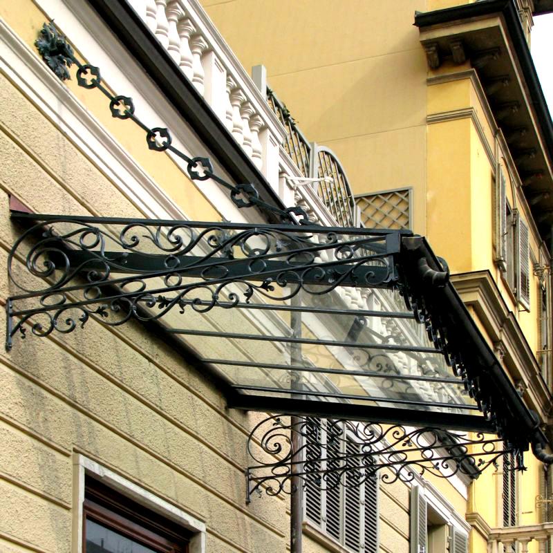 Pensiline in ferro battuto grandacasa - Struttura in ferro per casa ...