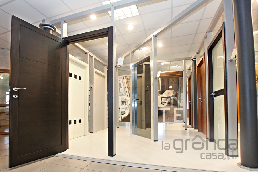 Porte tamburate e in mdf grandacasa - Porte interne moderne ...