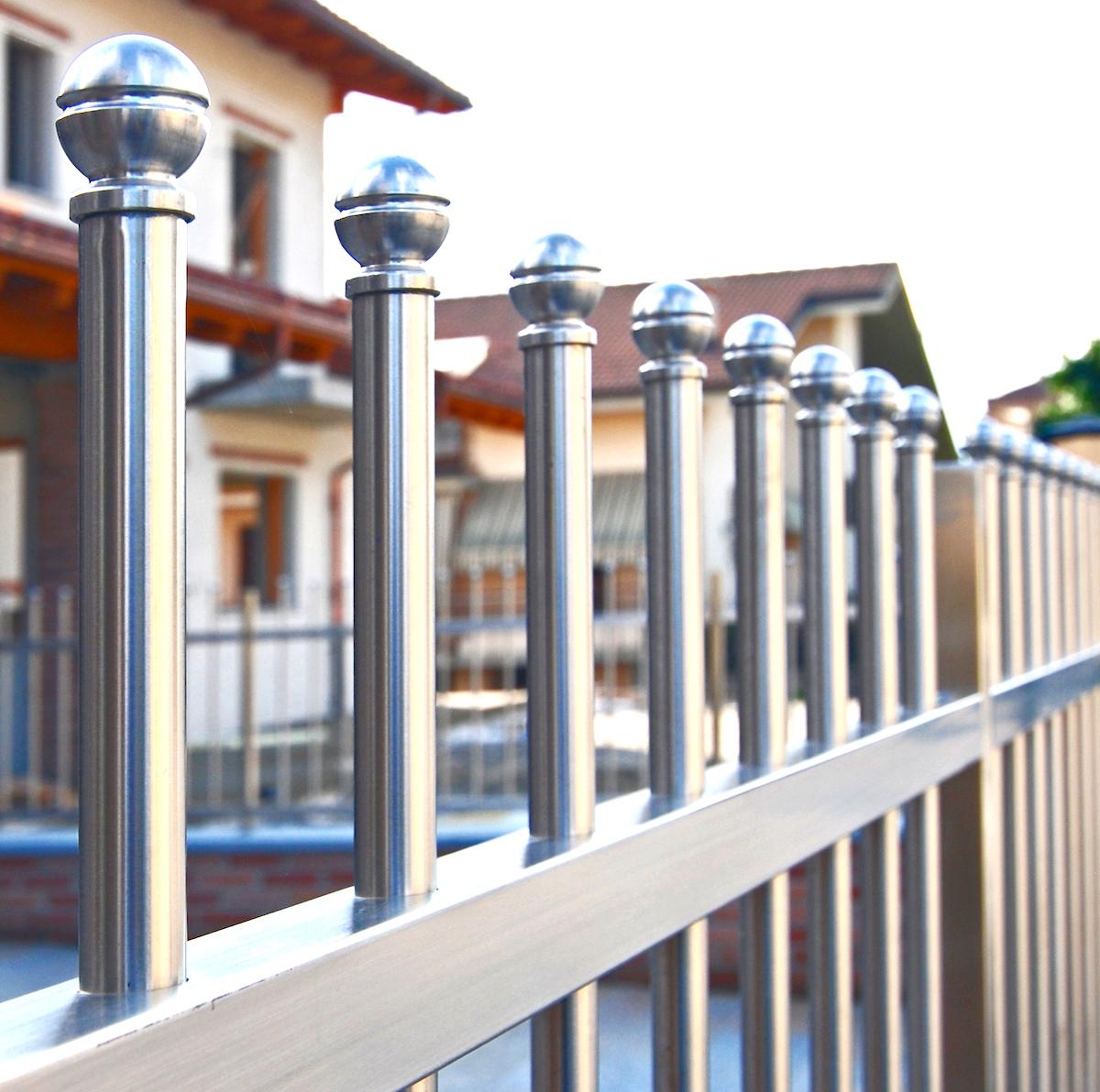 Recinzioni casa with recinzioni villette for Idee di recinzione per case in stile coloniale