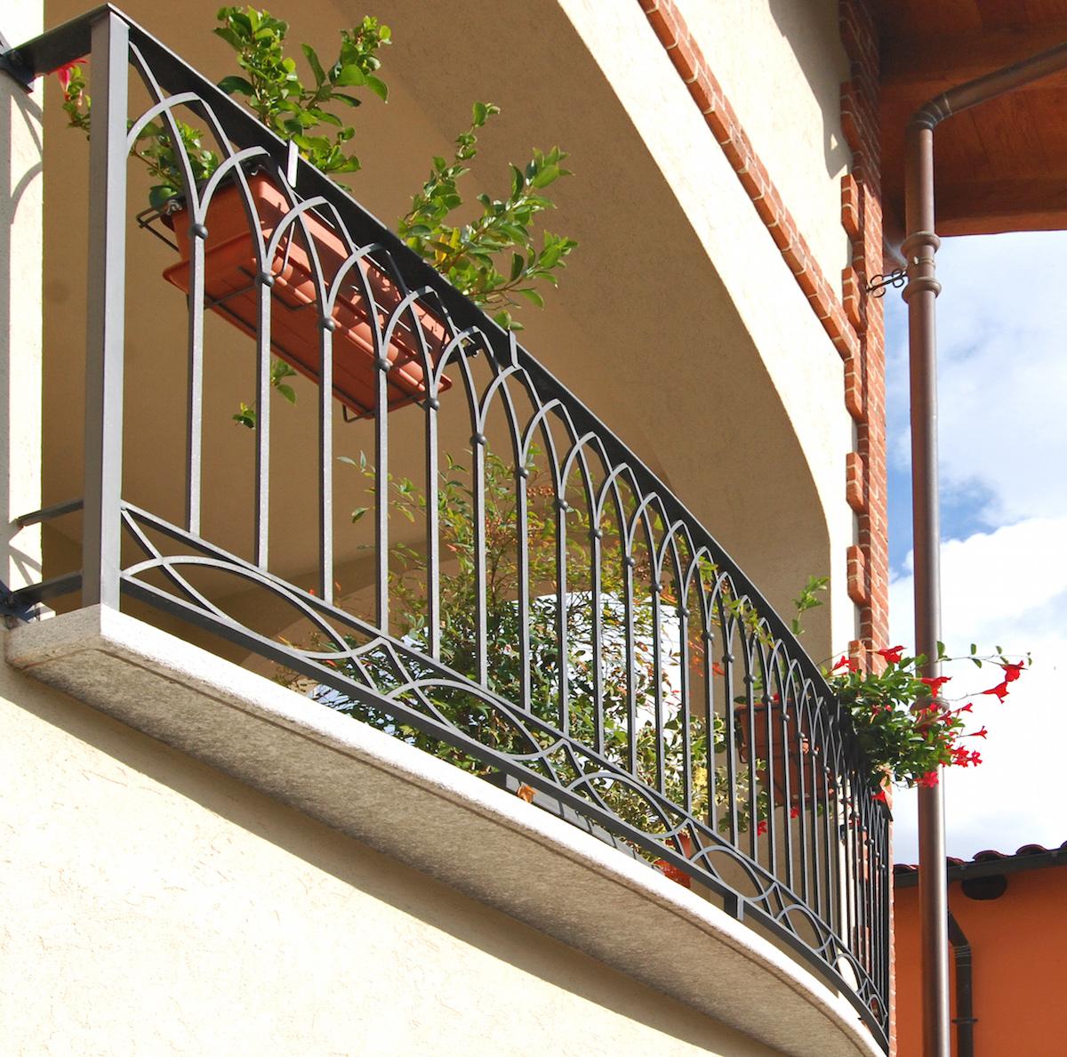 Foto ringhiere in ferro with foto ringhiere in ferro - Corrimano scale esterne ...