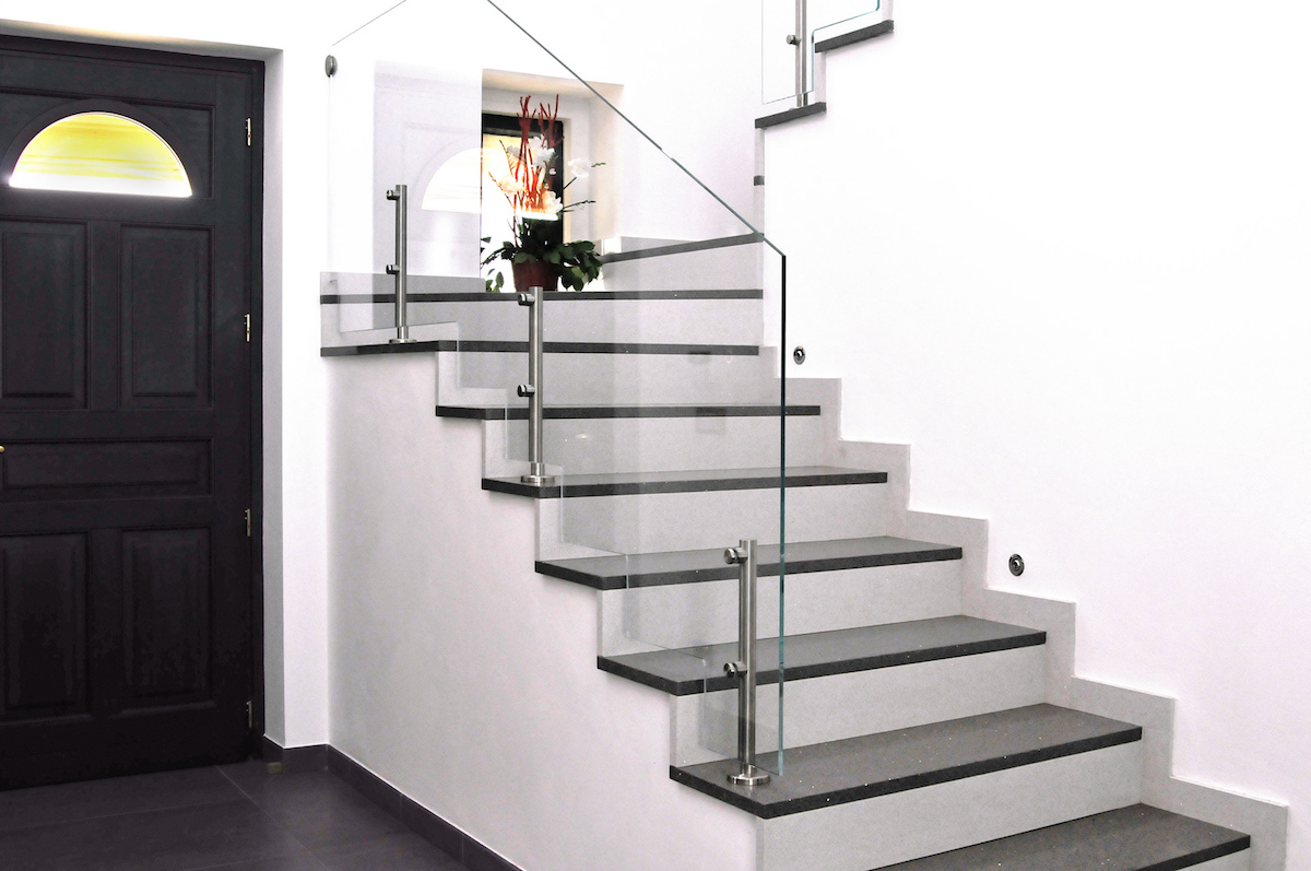 Moderne in vetro grandacasa - Corrimano in vetro per scale ...
