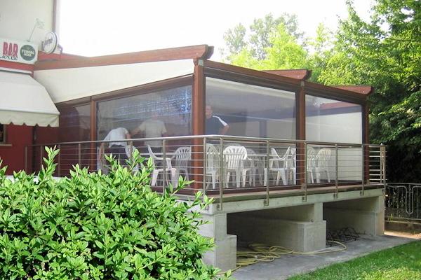 Verande per bar e ristoranti grandacasa for Arredi esterni per bar e ristoranti