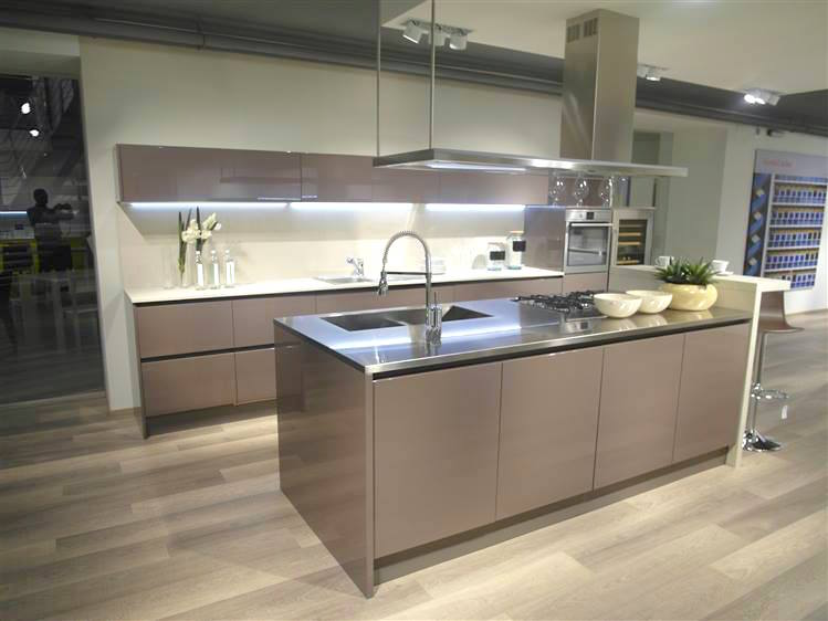 Forma 2000 in outlet grandacasa - Laminato in cucina ...