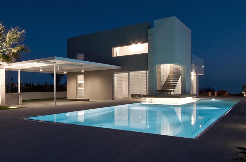 piscine moderne illuminate grandacasa. Black Bedroom Furniture Sets. Home Design Ideas